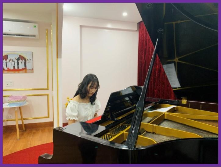 Học viên: Khánh Linh